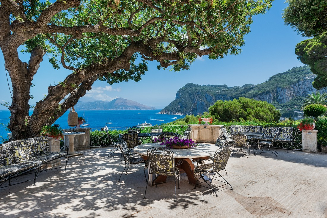 Туристов на Капри будут штрафовать на €500 за пакеты и пластиковую посуду